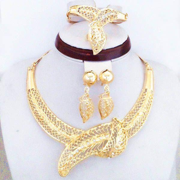 18K Gold Plated Elegant Bridal Dress Big Jewelry Set Fancy Dubai Gold Necklace Sets 781