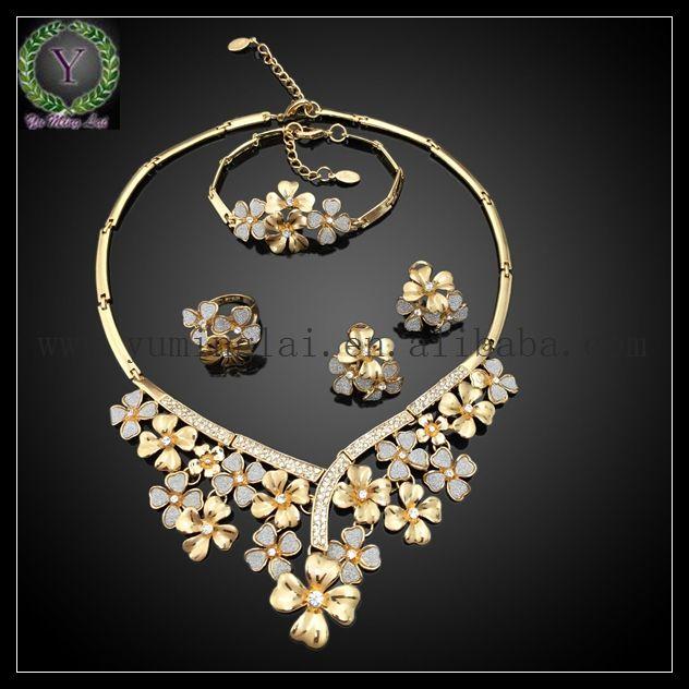 Italian gold jewelry designers