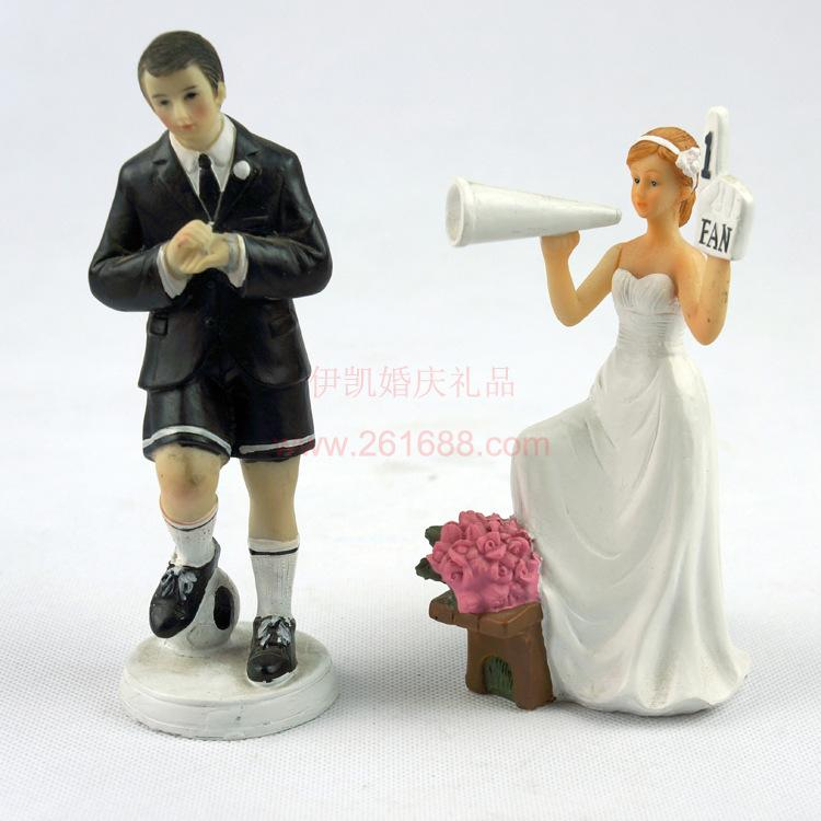 New Fashion Cake Toppers Couple One Moment In Time Ceramic Wedding Cake Topper For Wedding Decoration