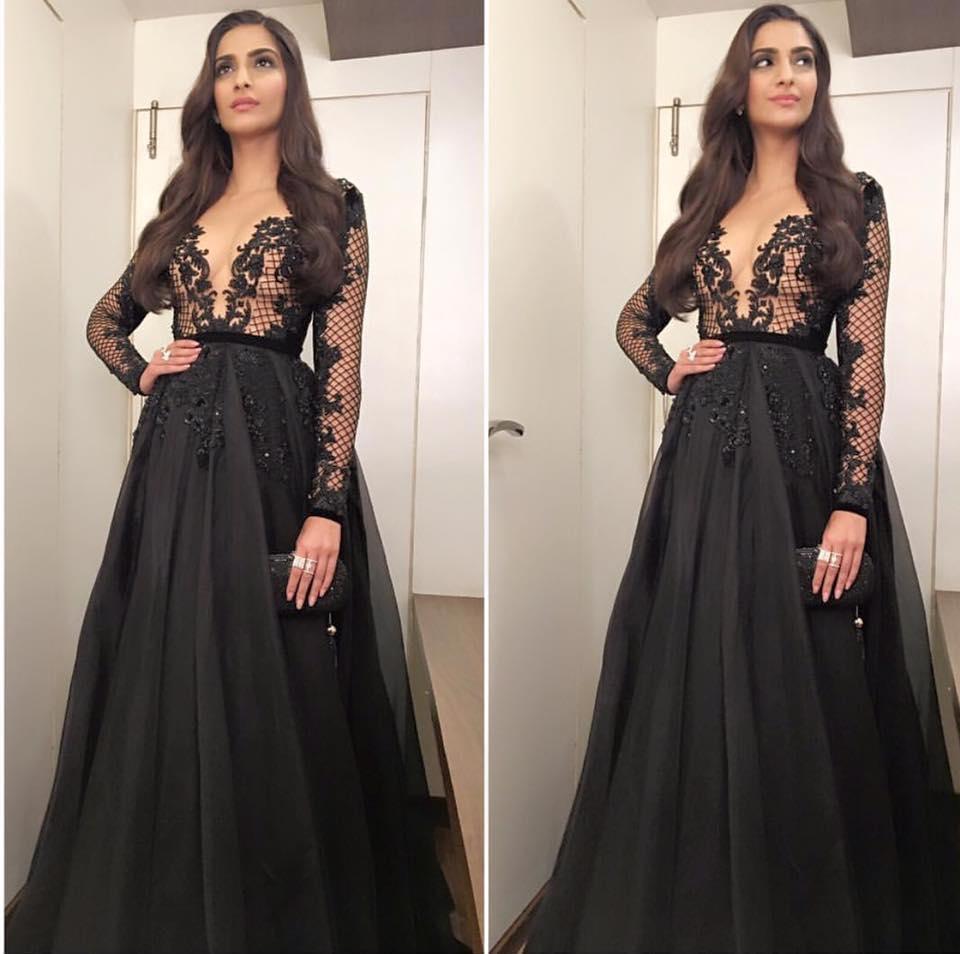 Sonam Kapoor Hollow Net Long Sleeve Black Formal Evening Dresses ...
