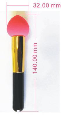 Vendita calda liquido / crema fondotinta correttore punta spugna frullatore pennello applicatore a schiuma con vitamina E