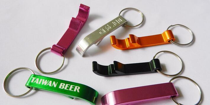 Custom Metal Key Chains Beer Bottle Openers Bar Beverage Wrench Bottle Opener Keychains Keyrings Laser Engraved with Logo Free 012