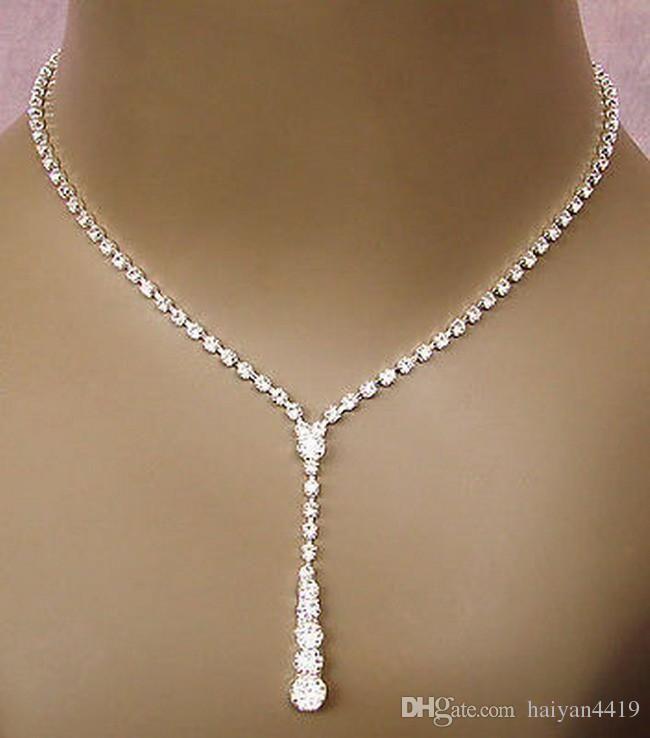 Pas cher Bling Crystal bijoux de mariée boucles d'oreilles en diamants Collier en argent plaqué ensembles de bijoux de mariée pour la demoiselle d'honneur femmes Accessoires
