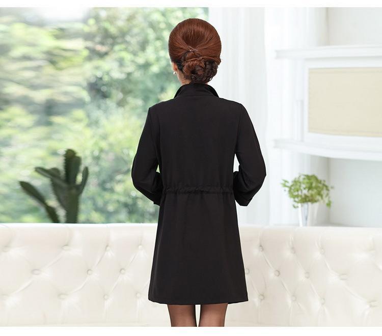 Automne Nouvelle Marque Femmes D'âge Moyen Trench-Coat Solide Couleur Col Turndown Mode Femmes Manteau Plus La Taille Long Femmes Tranchée Q1523