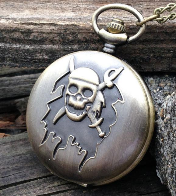 Vintage bronze Unique design Fashion quartz pirates devil guru head pattern man pendant Necklace pocket watch