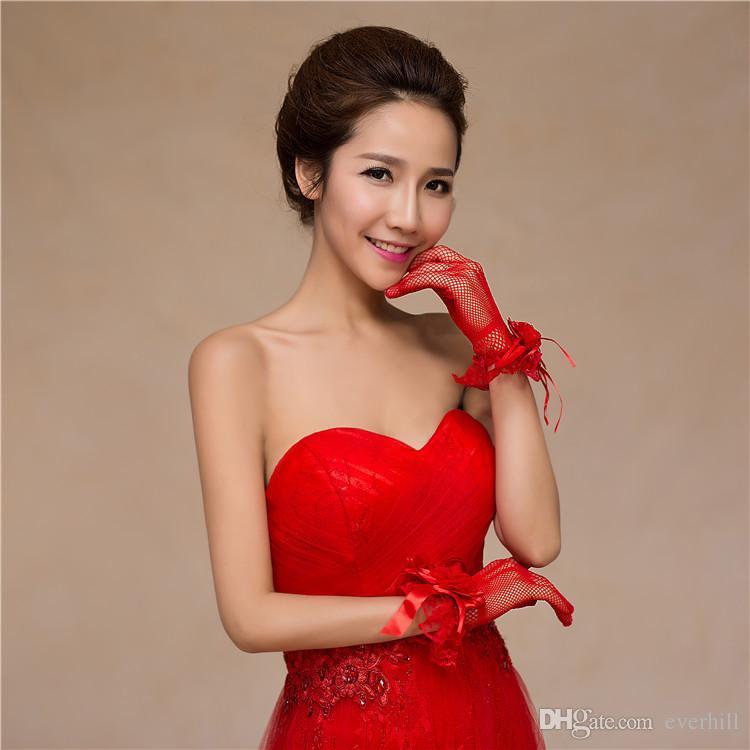 Red/White Lace Flowers Wedding Gloves Full Finger Short Wrist Length Bride Sheer Mesh Bridal Gloves gants de mariage pour femme 2018 New