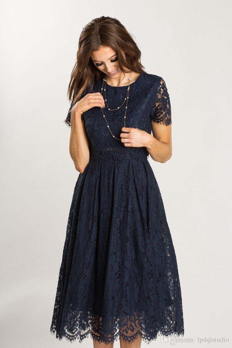 Dark Navy Lace Bridesmaid Dresses High Quality Scoop Short Sleeves Zipper Back Knee Length Lace Wedding Party Dress 2017 New Arrival
