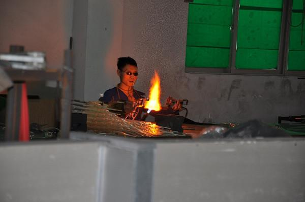 펜던트 램프 100 % 입 블로운 붕 규산 붕산 샹들리에 라이트 아트 유리 실내 조명 매달려 LED 램프
