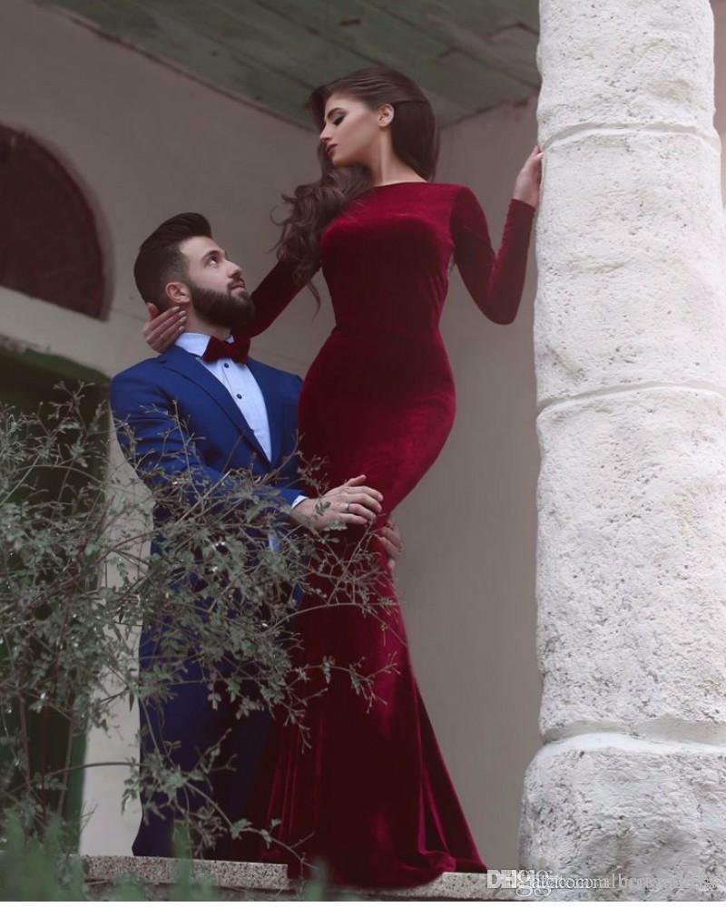 2019 Sexy Samt Abendkleider Langarm Meerjungfrau Backless Arabisch Abendkleider Perlen Burgund Open Back Lange Formale Abendkleid