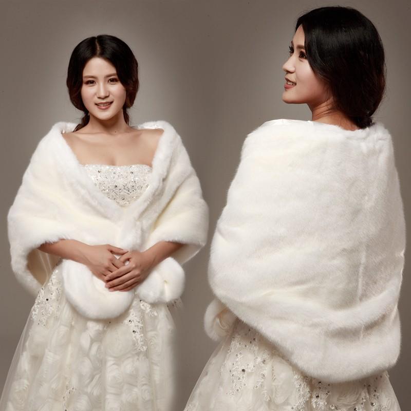 Faux Fur Wedding Wraps Best 25 Wedding fur ideas on Pinterest