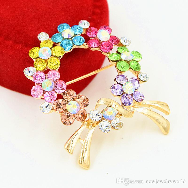 Stunning Multicolor Crystals Women Trendy Gold Bow Brooch Hot Selling New Design Lady Scarf Pin Bridal Bouquet Flower Wreath Breastpin