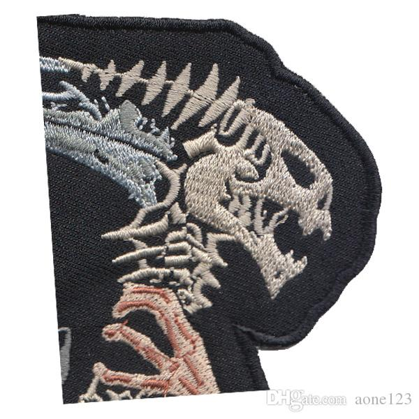 large Skull Embroidered Iron On/Sew On Patch Motorcycle Biker Gothic Punk Applique 19.3 cm x 20.7 cm