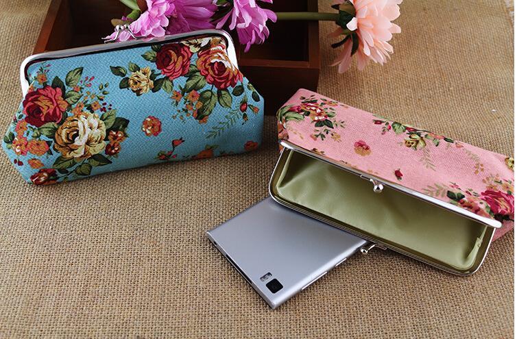 Vintage Rose Coin Purse Long 6 Inch Canvas Floral Wallet Snap Closure Wallet Key Holder Pouch Hasp Clutch Handbag Money Bag Gift