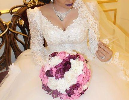 공 가운 웨딩 드레스 2 레이어 베일과 페티코트와 긴 소매와 2016 볼 가운 V 넥