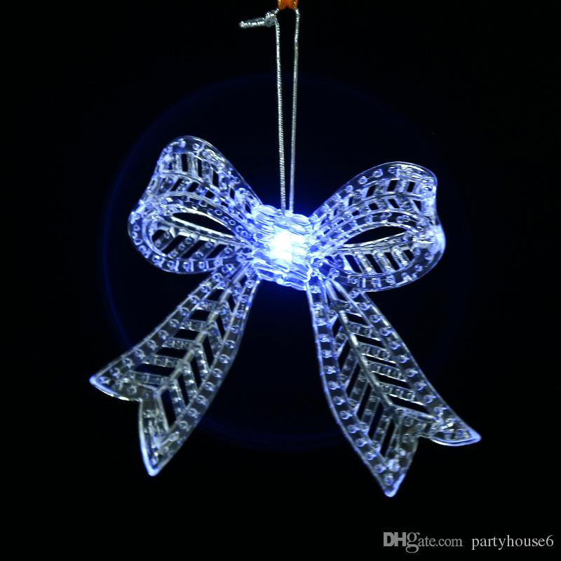2018 New creative plastic transparent snowflake ornaments Christmas decorations pendant led light decorations wholesale
