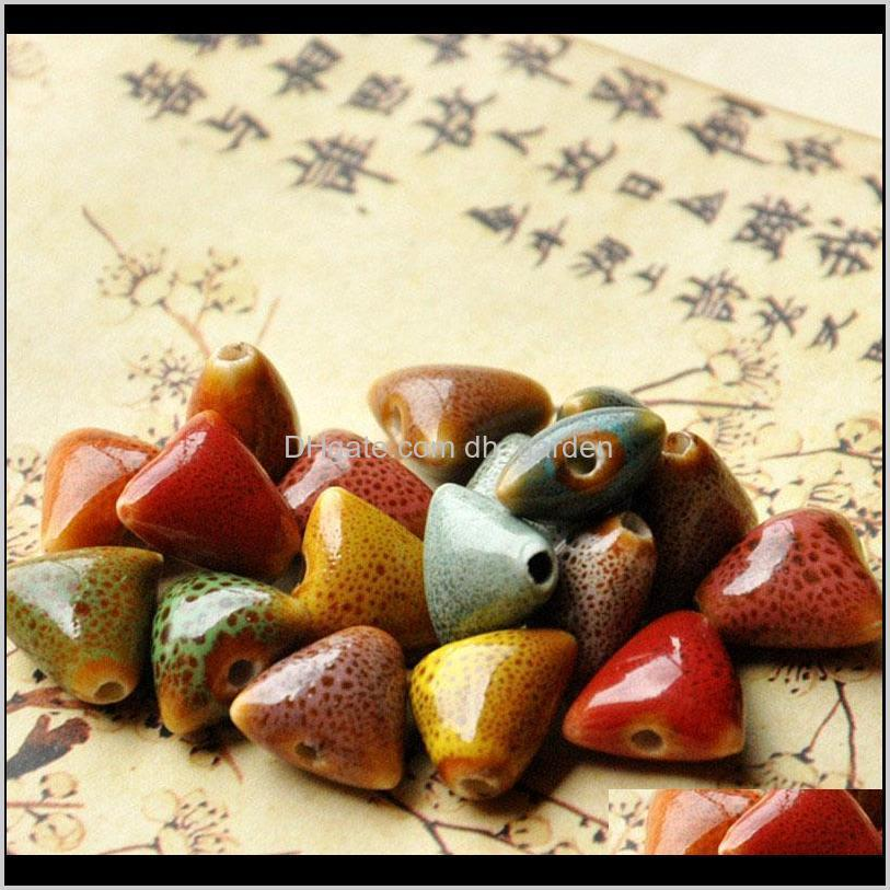 xinyao 30pcs/lot 14mm triangle ceramic beads diy handmade loose porcelain charms bead for wome bracelets jewelry making