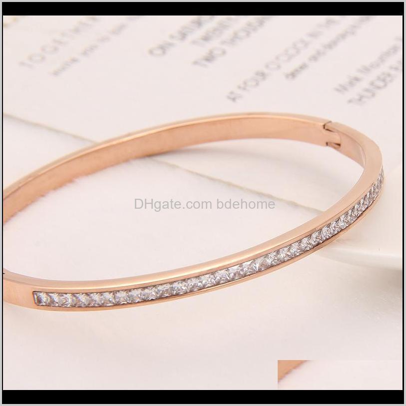 women`s bracelet jewelry rose gold high quality stainless steel cuff bracelets with shiny crystals waj0905