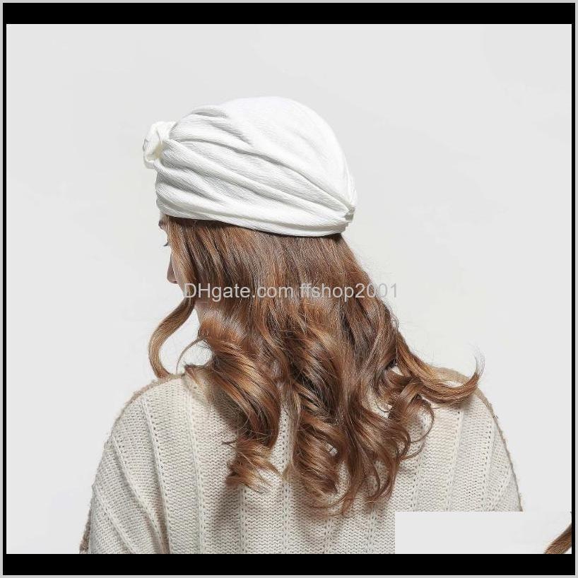 shipping 2020 new europe brand fashionable women wrinke fabric black white floral turban hats with handmade flower