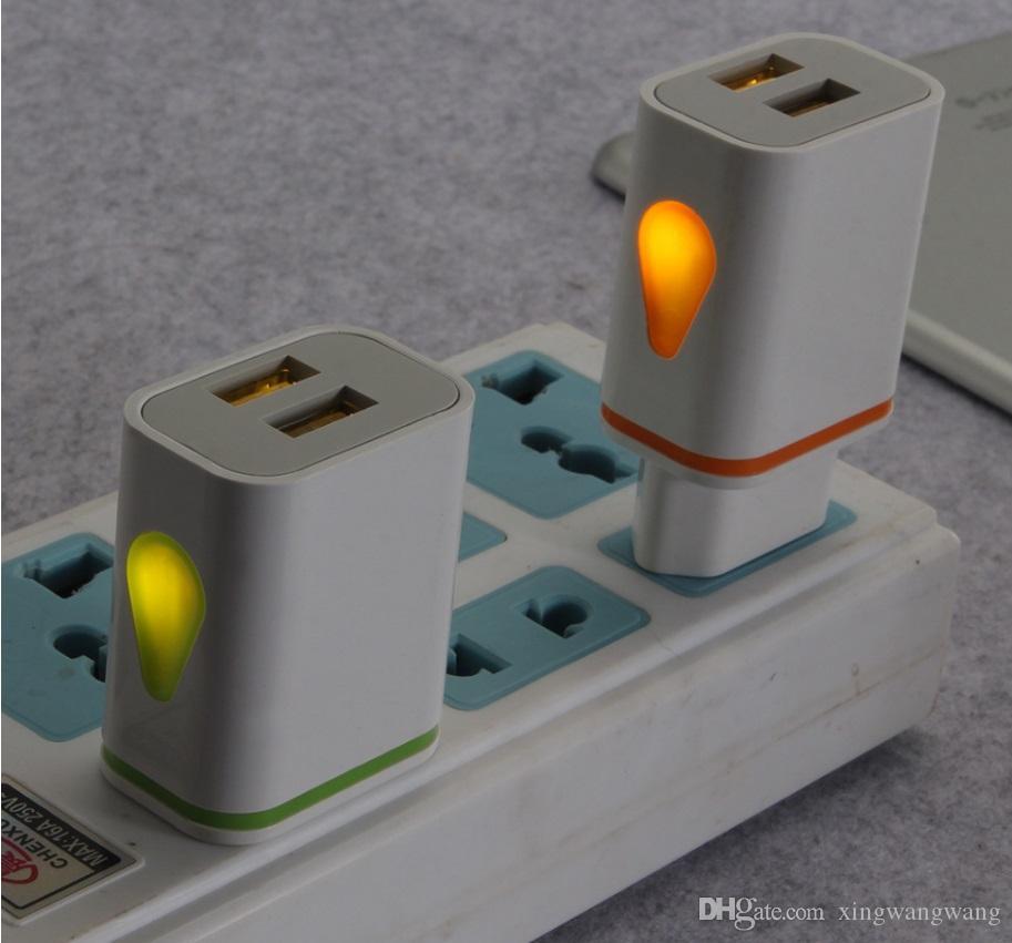 فلاش ضوء موانئ USB المزدوجة Universal الولايات المتحدة EU AC الصفحة الرئيسية الجدار شاحن محول الطاقة 2.1A + 1A لسامسونج S8 S9 S10 ملاحظة 8 9 10 HTC Android الهاتف