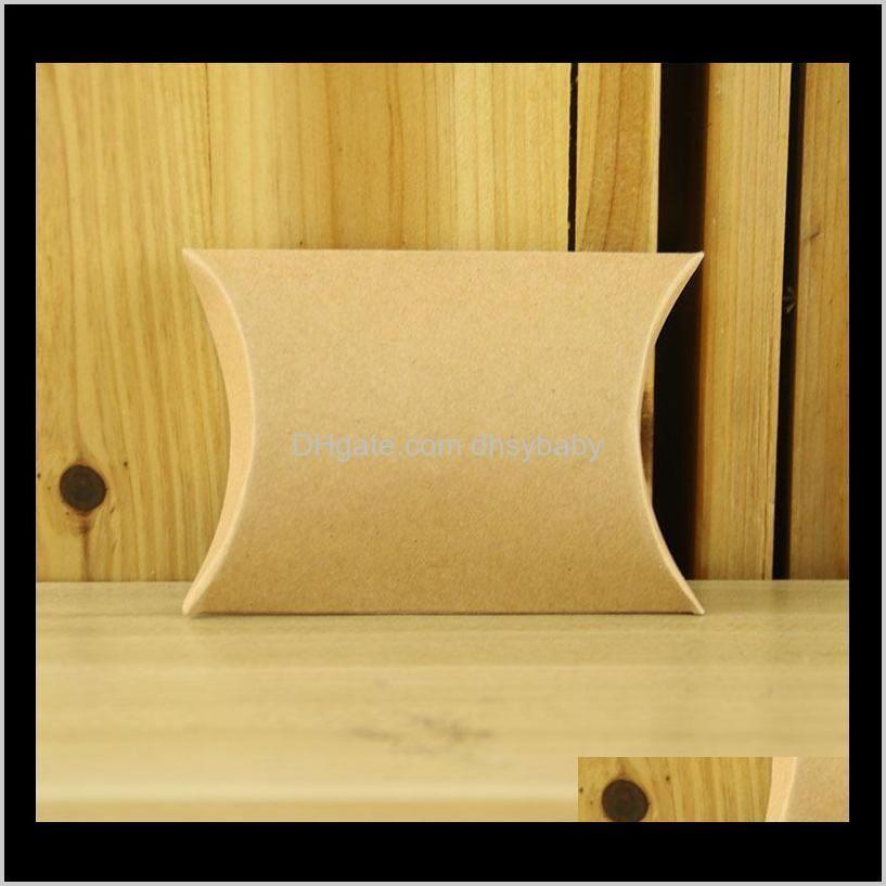 100pcs kraftpapier kussen favor box bruiloft gunst gift dozen snoep thuis birthday party supply christmas box party bags1