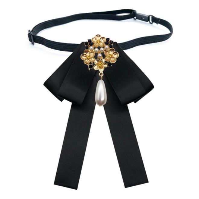 Wholesale Hot Sale Bow Tie Vintage Cameo Lady Head Diamod Ribbon Tassel Brooch Girls Elegant Costume