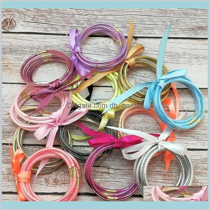 glitter plastic bracelet hot sell 5pcs/ set all weather glitter bangles set glitter filled silicone plastic bowknot jelly summer