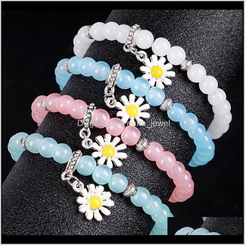 best selling fashion temperament simple sun flower natural crystal beaded bracelet color crystal daisy bracelet bracelets