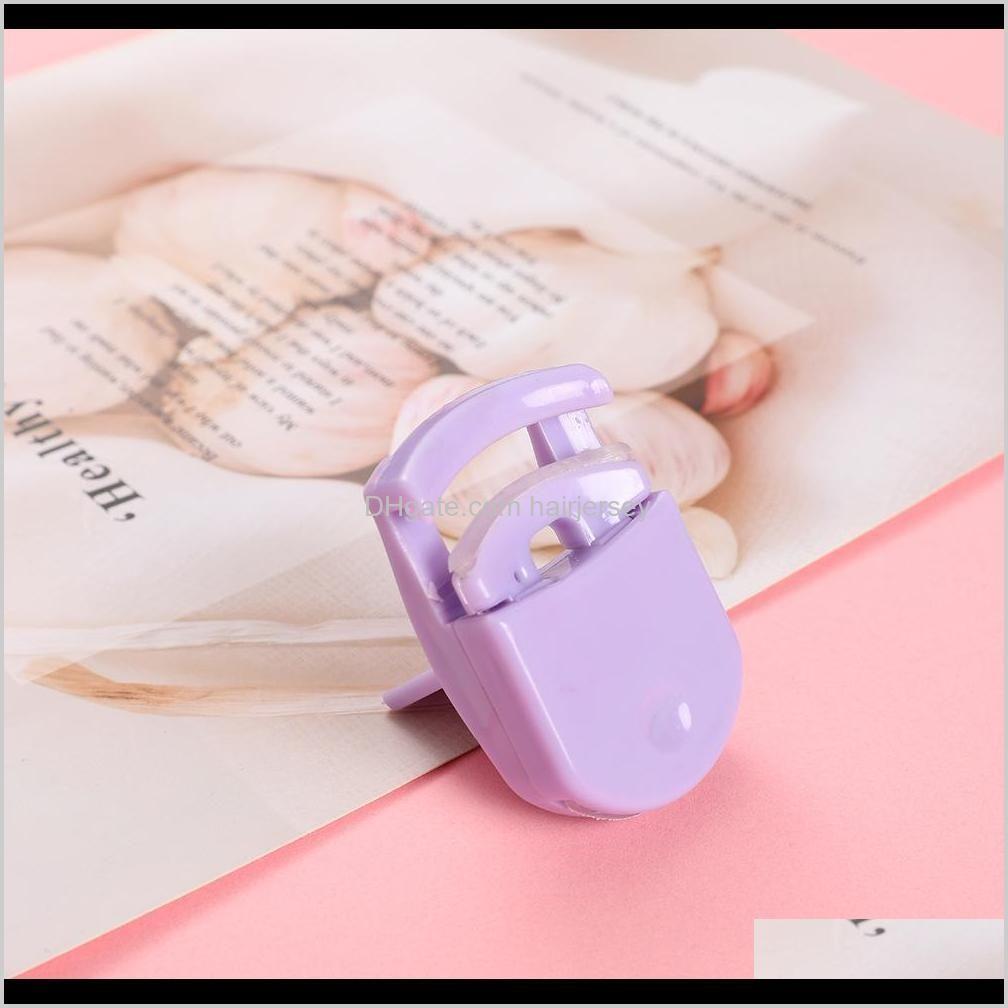 2020 plastic mini portable eyelash curler eyelash curler beauty tool wholesale