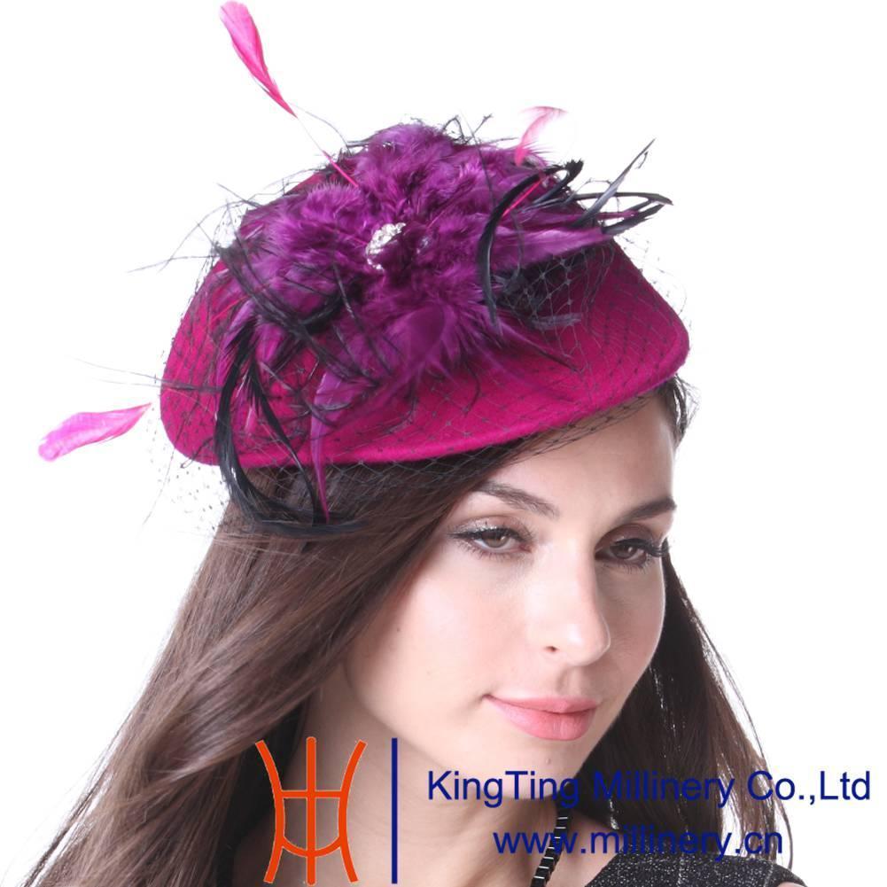 Compre Junio de Las Mujeres Jóvenes Plumas Fascinator Sombreros De ...