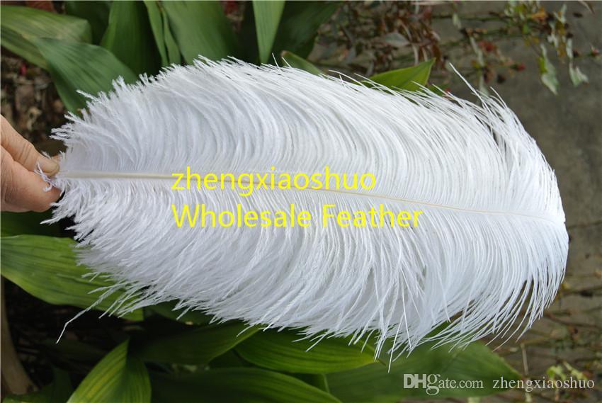 Grossistfri frakt 20-22 tum 50-55cm vit strutsfjäder för bröllopsinredning, bröllopscentrumparty evenemang syry inredning