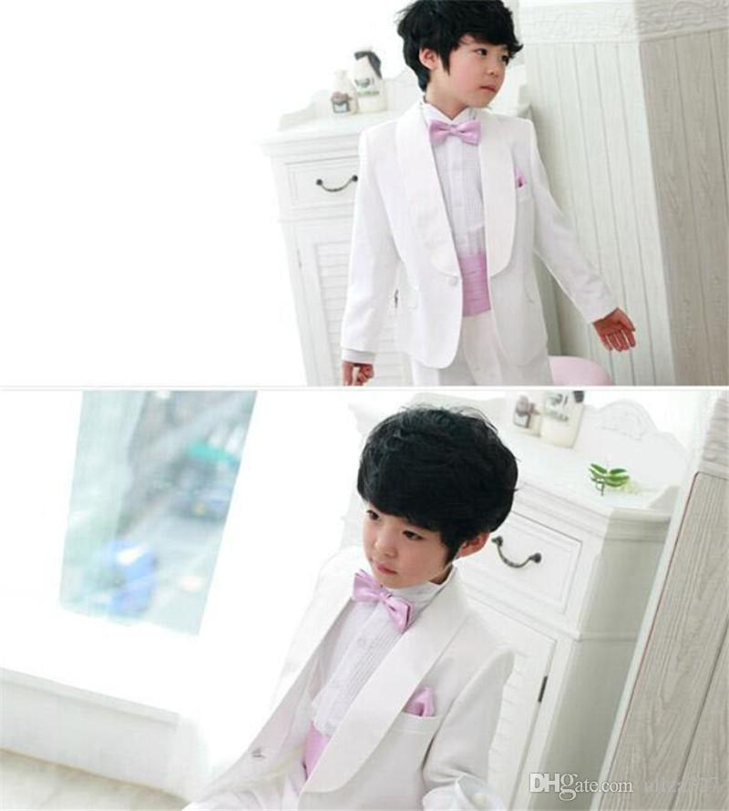Neue mode jungen blumenmädchen kleid mode junge weiße farbe passt formale anlässe jungen anzüge für hochzeit jacke + pants + tie