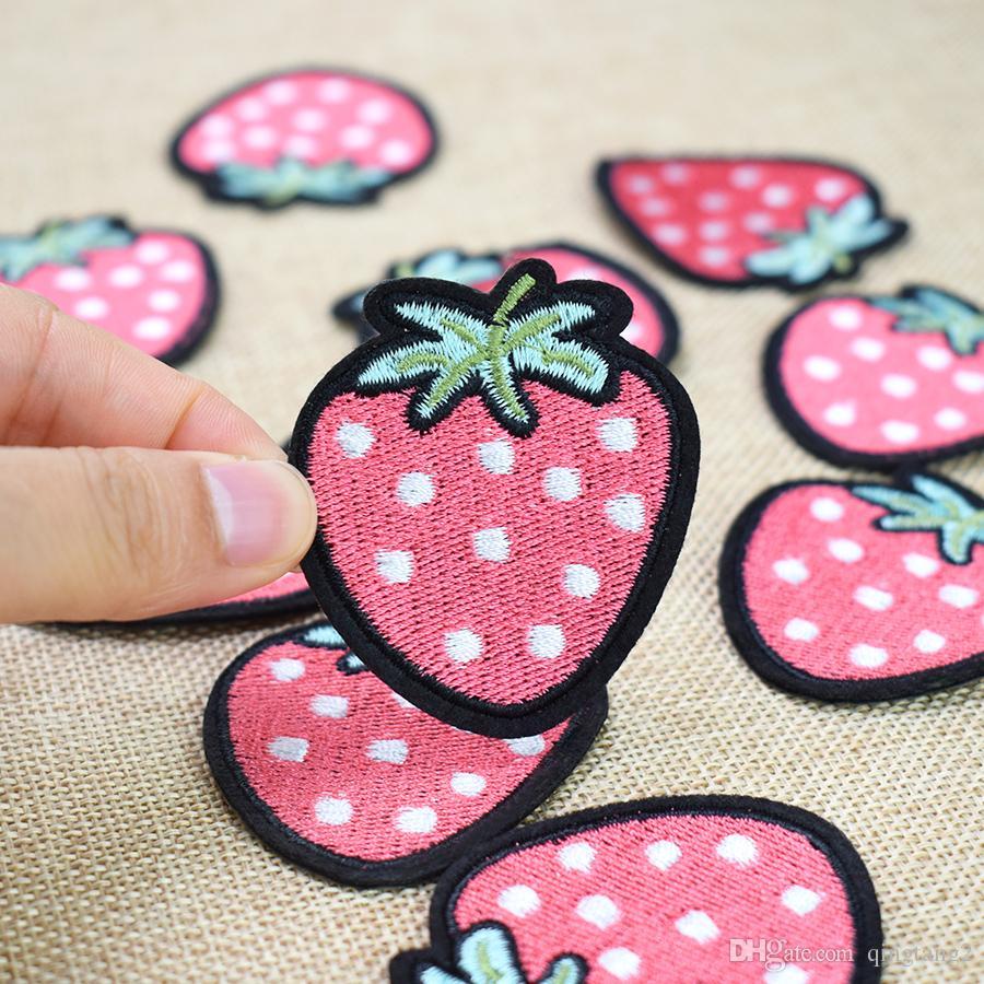 Hierro de la fresa en el remiendo de la aplicación de la transferencia para los bolsos de la ropa Los remiendos del bordado para la ropa Jeans DIY cose en la insignia del bordado