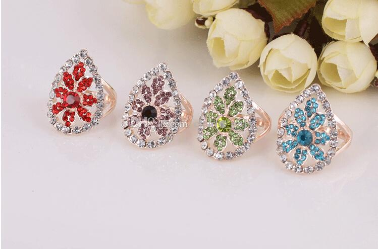 2015 Hot sales fashion woman/girl jewelry Mosaic crystal Super luxury Exaggerated atmospheric flower type ring Mixed style