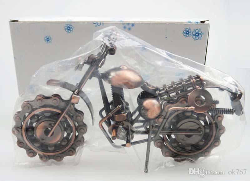 New Creativo Mano saldatura Ferro battuto Motociclo Modello Tone Metal Collezione Moto semplici e moderni ornamenti unici