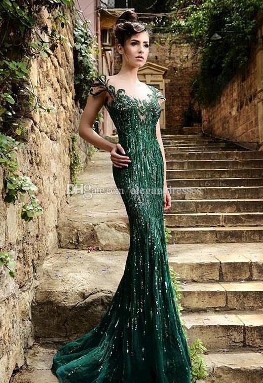 2019 Vintage Atemberaubende Pailletten Abendkleider mit Stehkragen Grüne Applikationen Flügelärmeln Lange Meerjungfrau Elegante Formale Abendkleider Für Frauen