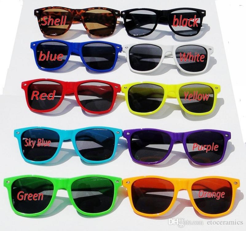 جديد النمط الكلاسيكي أنيق كول ريترو نظارات شمسية ريترو غير السائدة نظارات شمسية متعددة الألوان / الحرة الشحن