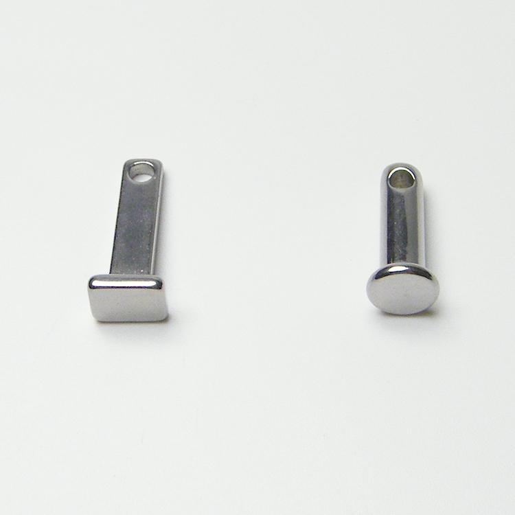 Штыревое кольцо мужского целомудрия с круглой штырьковой карточкой - один из очень важных аксессуаров устройства целомудрия петухов