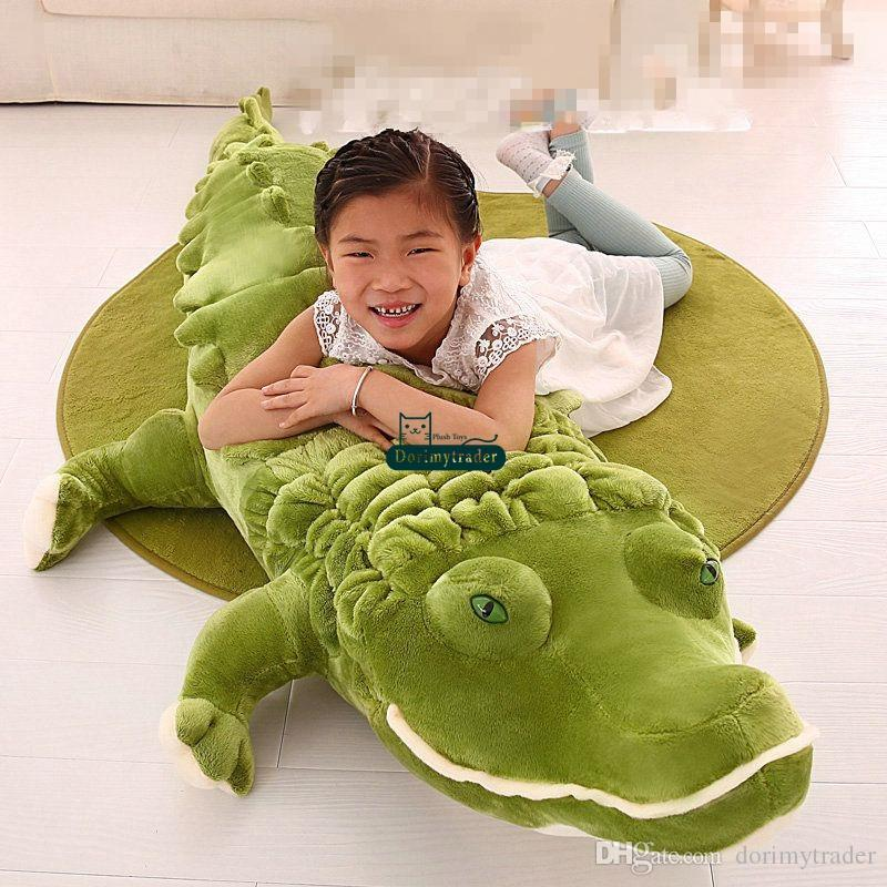 Dorimytrader Biggest Realistic Lying Animal Crocodile Plush Toy Soft Stuffed Alligator Doll Pillow Gift for Kids Decoration 200cm DY61901