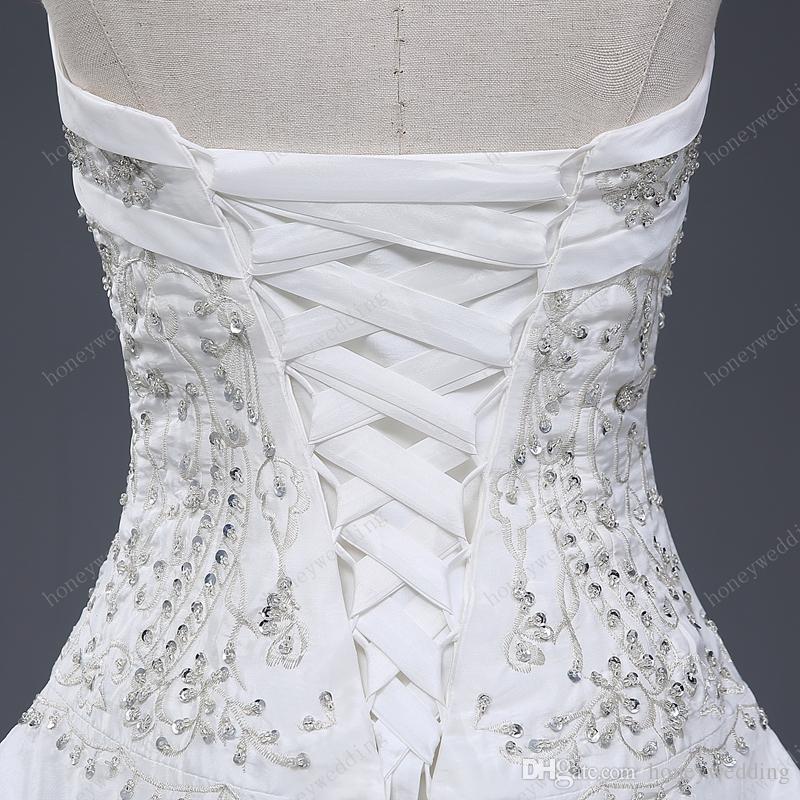 Muhteşem Balo Gelinlik Ile Ucuz Straplez Nakış Ruffles Pullu Lace Up Gelin Törenlerinde 100 Gerçek Örnek Altında