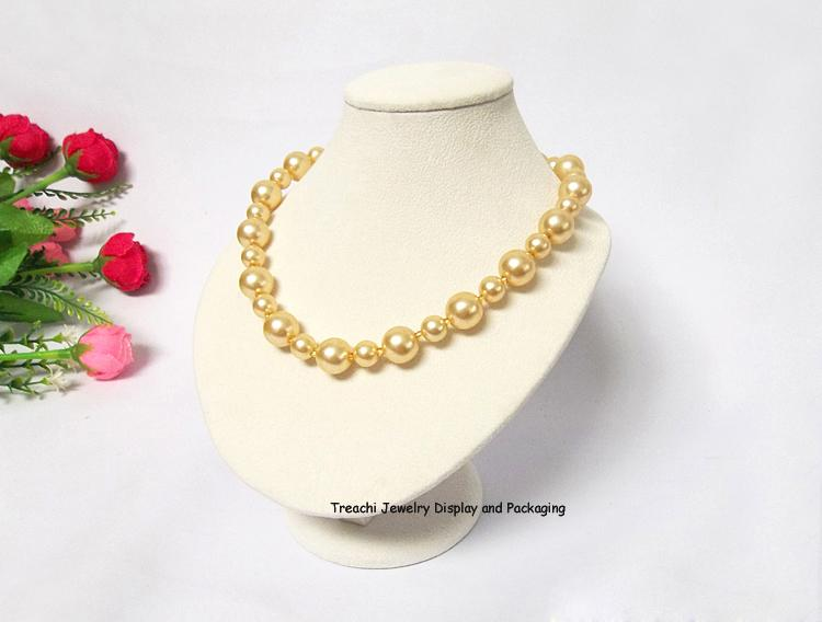 New Arrival Fashion Pearl Jewelry Display Counter Showcase Beige Velvet Fine Jewellery Stand Holder Necklace Pendant Display Bust Mannequin