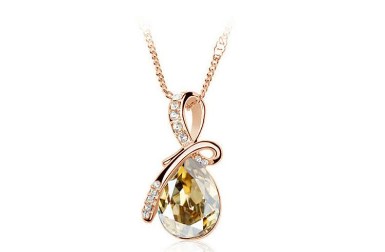 Fashion Pendant Necklaces Water Drop Style Vintage Long Necklaces Luxury Wedding Party Womens Jewelry Best Gifts B39