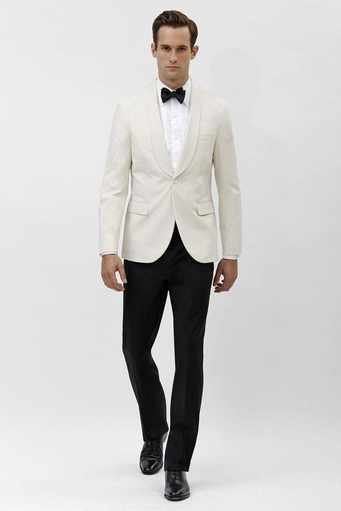 Tuxedo Vs Dinner Jacket, What's the Difference?