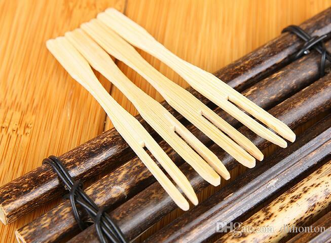 Pure natural fruit fork creative two tooth portable tableware Upscale boutique wooden fruit special fork HK33