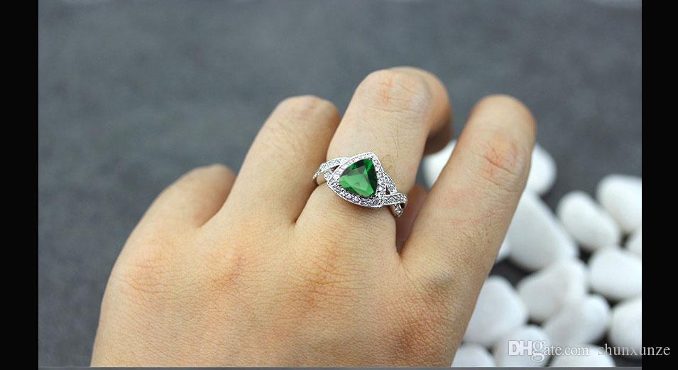 Shunxunze förstklassiga produkter Böhmen Vigselringar Smycken Tillbehör för kvinnor Dropshipping Peridot Cubic Zirconia Rhodin Plated R562