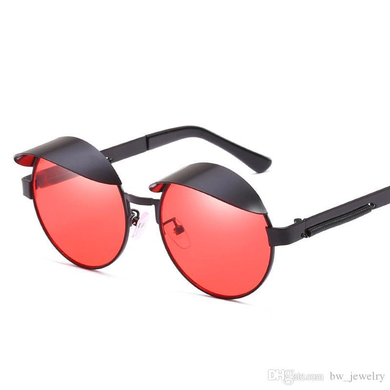 4f5921cc31 Compre Nuevas Gafas De Sol Redondas Steampunk Mujeres Diseñador De Marca De Lujo  2018 Gafas De Sol Redondas Círculo Rojo Vintage Gafas De Retro Clout Oculo  ...
