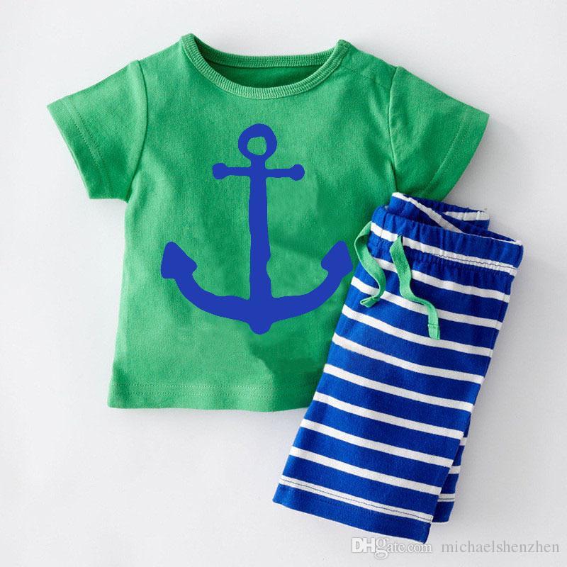 6 Tasarım Boy korsan gemisi balık şerit 2 adet Takım 2016 yeni çocuk karikatür Kısa kollu T-shirt + şort 2 adet Takım B001