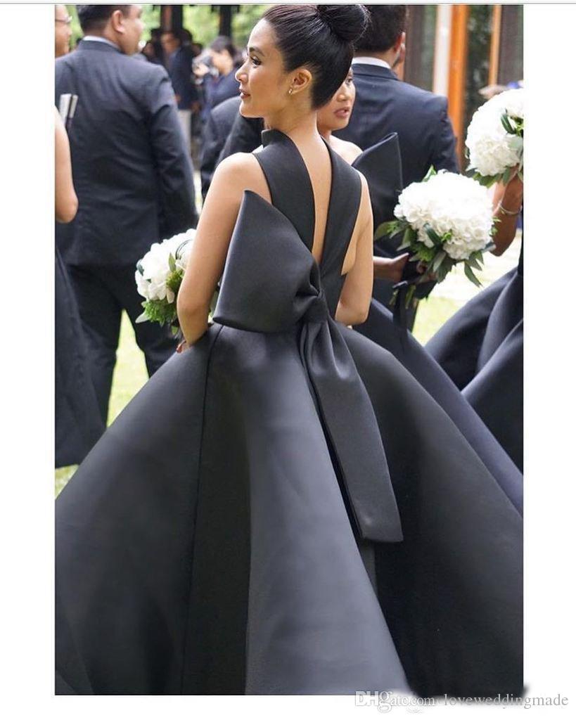 Mezuniyet Elbiseleri 2017 Yeni Modern Seksi Balo Yüksek Boyun Kolsuz Büyük Yay Kapalı Omuz Örgün Önlük Parti Elbise