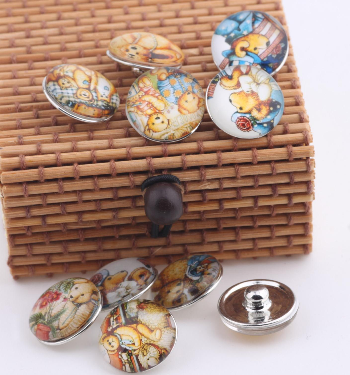 JACK88 Hot Sale Mix styles Cartoon Bear Design 18mm Snap Charms for Bracelet DIY Glass Snap Buttons Jewelry M581