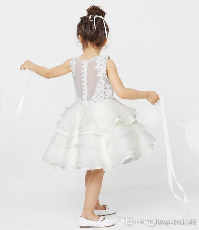 Белый Цветок Девушка Платья Свадебные Платья Jewel Многоуровневое Аппликации Дети Театрализованное Платья Для Девочек До Колен Назад Кнопка Принцесса День Рождения Одежда