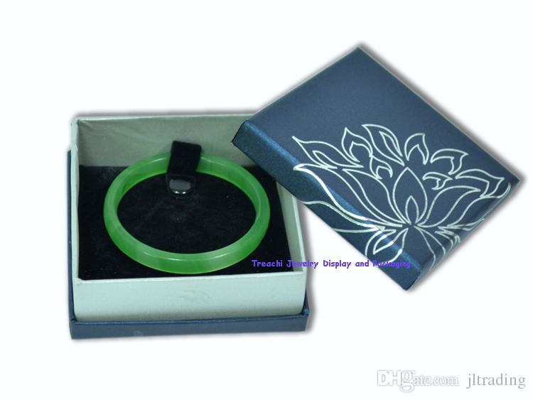 Personalized Set Jewelry Display Packaging Ornamental Box For Ring Pendant Necklace Cardboard with Lid Present Gift Organizer Case